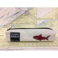 trousse requin rouge (3)